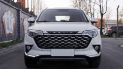 FAW R7 Facelift- The R7 City to Launch at 2018 Beijing Auto Show 8