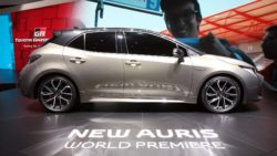 Next Generation Toyota Auris Debuts in Geneva 17