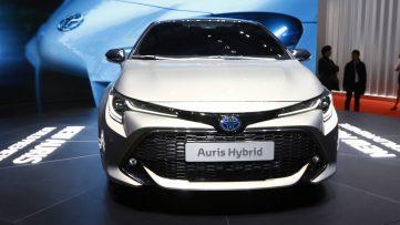 Next Generation Toyota Auris Debuts in Geneva 22
