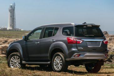 Isuzu MU-X: The Toyota Fortuner Rival 5