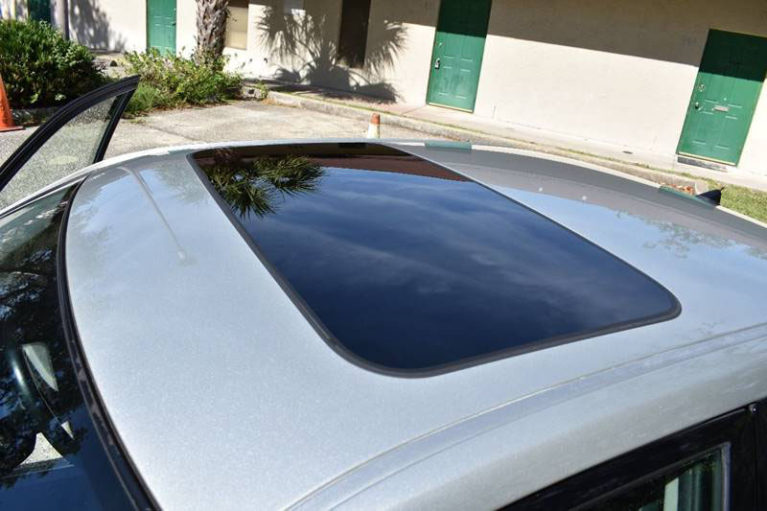 Sunroof: Advantages and Disadvantages 3