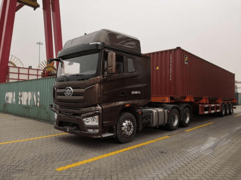 FAW Jiefang Unveiled Self-Driving Trucks in China 2