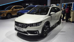 FAW Jumpal CX65 Unveiled at 2018 Beijing Auto Show 13