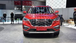 FAW R9 Arrives at 2018 Beijing Auto Show 7