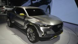 Hyundai Santa Cruz Pickup Truck to Launch in 2020 13