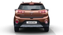 2018 Hyundai i20 Active Launched in India 12