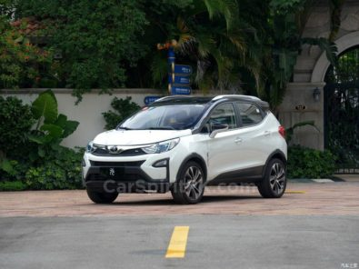 BYD Yuan Subcompact Crossover 10