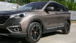 FAW All Set to Launch Senia R9 SUV in China 24