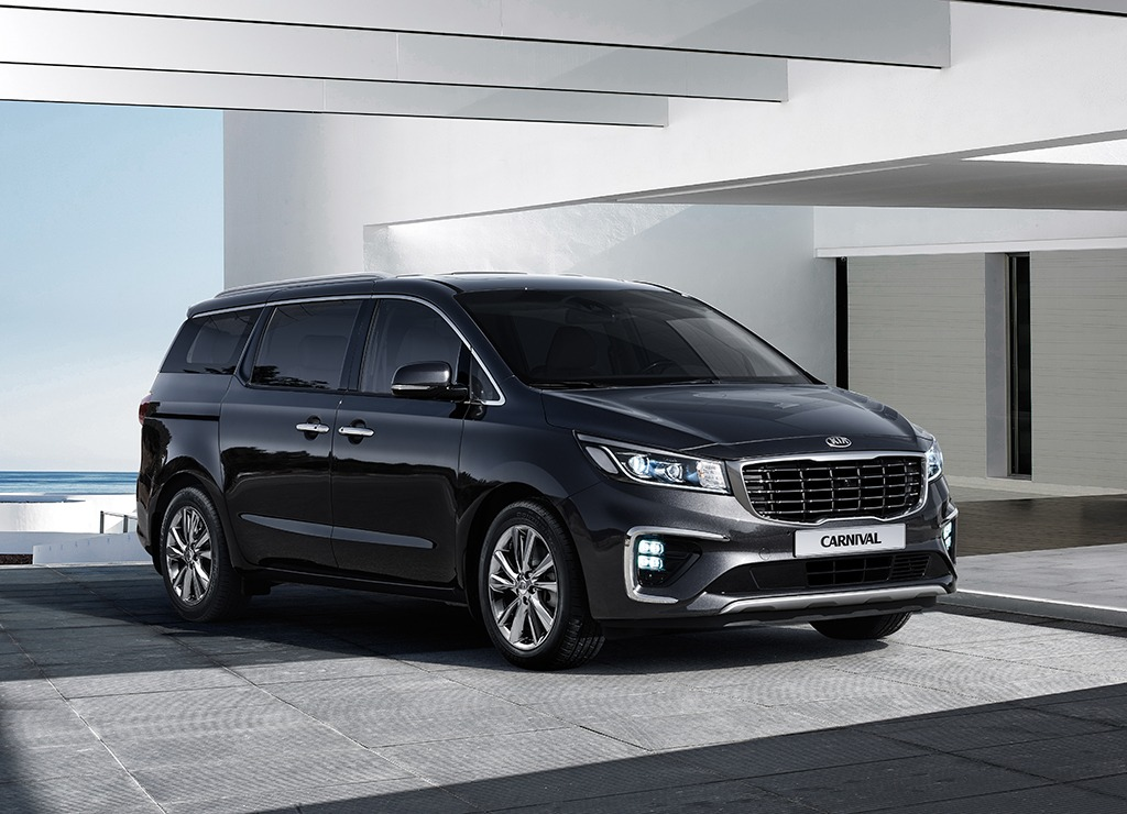 Kia Grand Carnival Launched in Pakistan 29