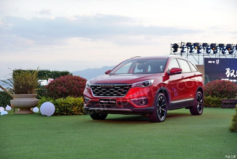 FAW Senia R9 SUV Launched in China 6