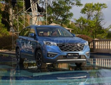 FAW Senia R9 SUV Launched in China 10
