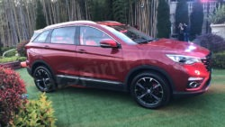 FAW Senia R9 SUV Launched in China 15