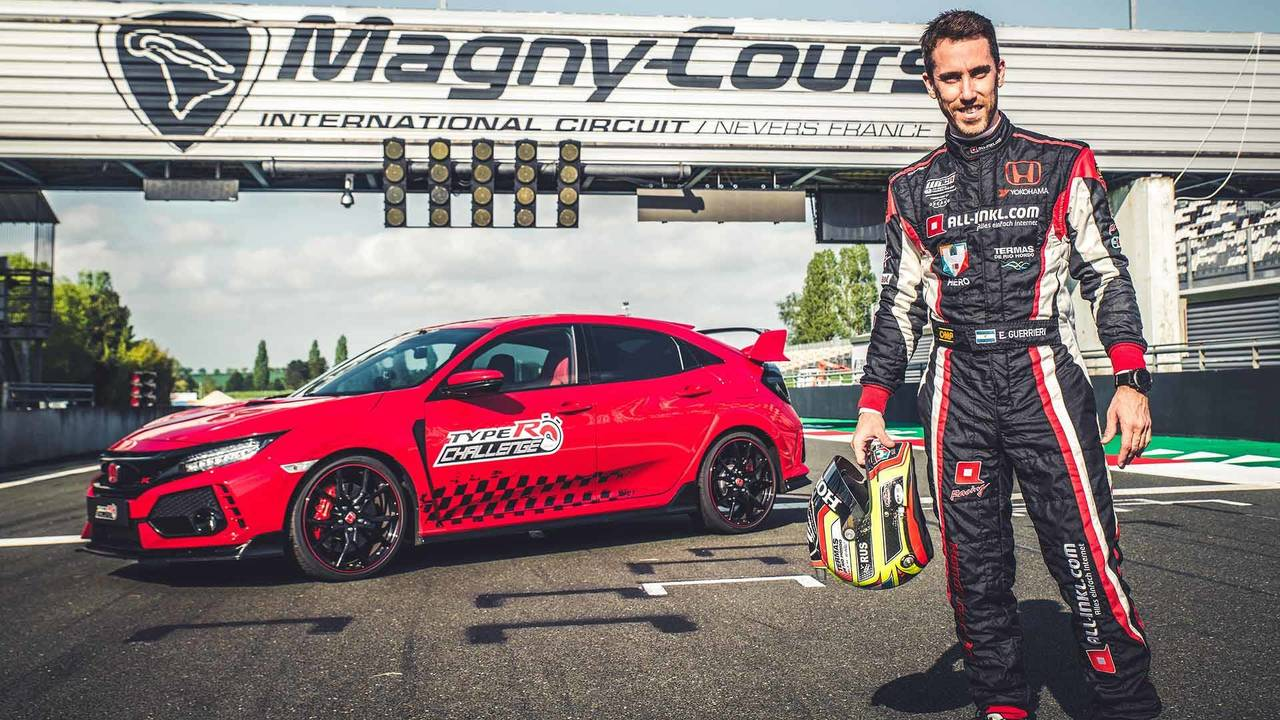 Honda Civic Type R is the Fastest Front-Wheel-Drive Car at Magny-Cours 15
