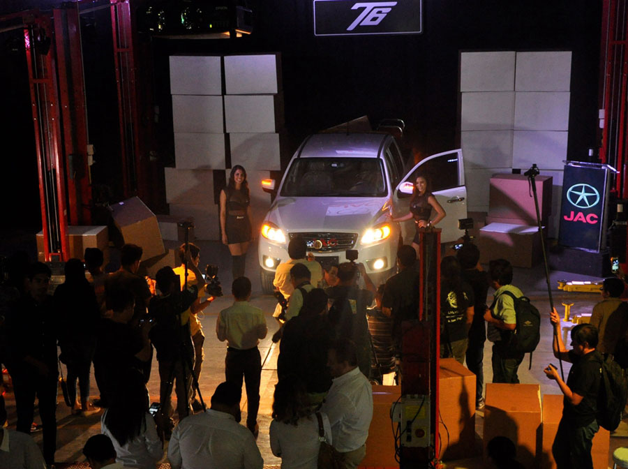 JAC T6 Launched in Bolivia 2