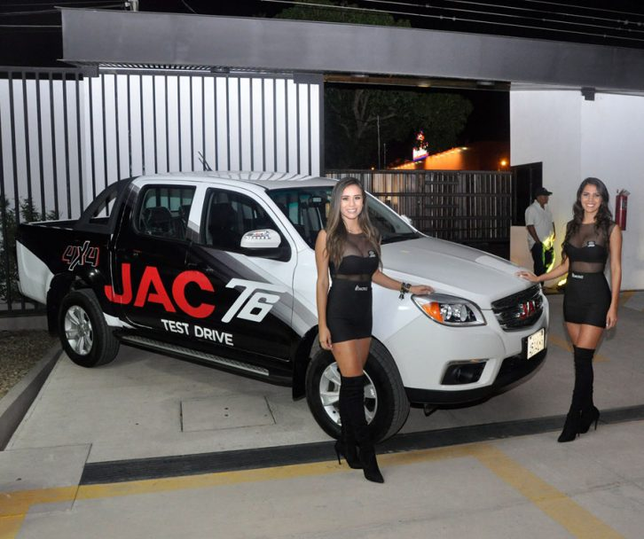 JAC T6 Launched in Bolivia 11