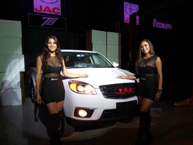 JAC T6 Launched in Bolivia 7