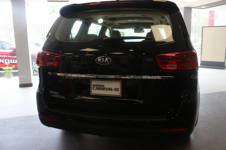 A Visit to Kia Dealership in Karachi 16