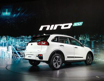 Kia Reveals the All-Electric Niro EV 4