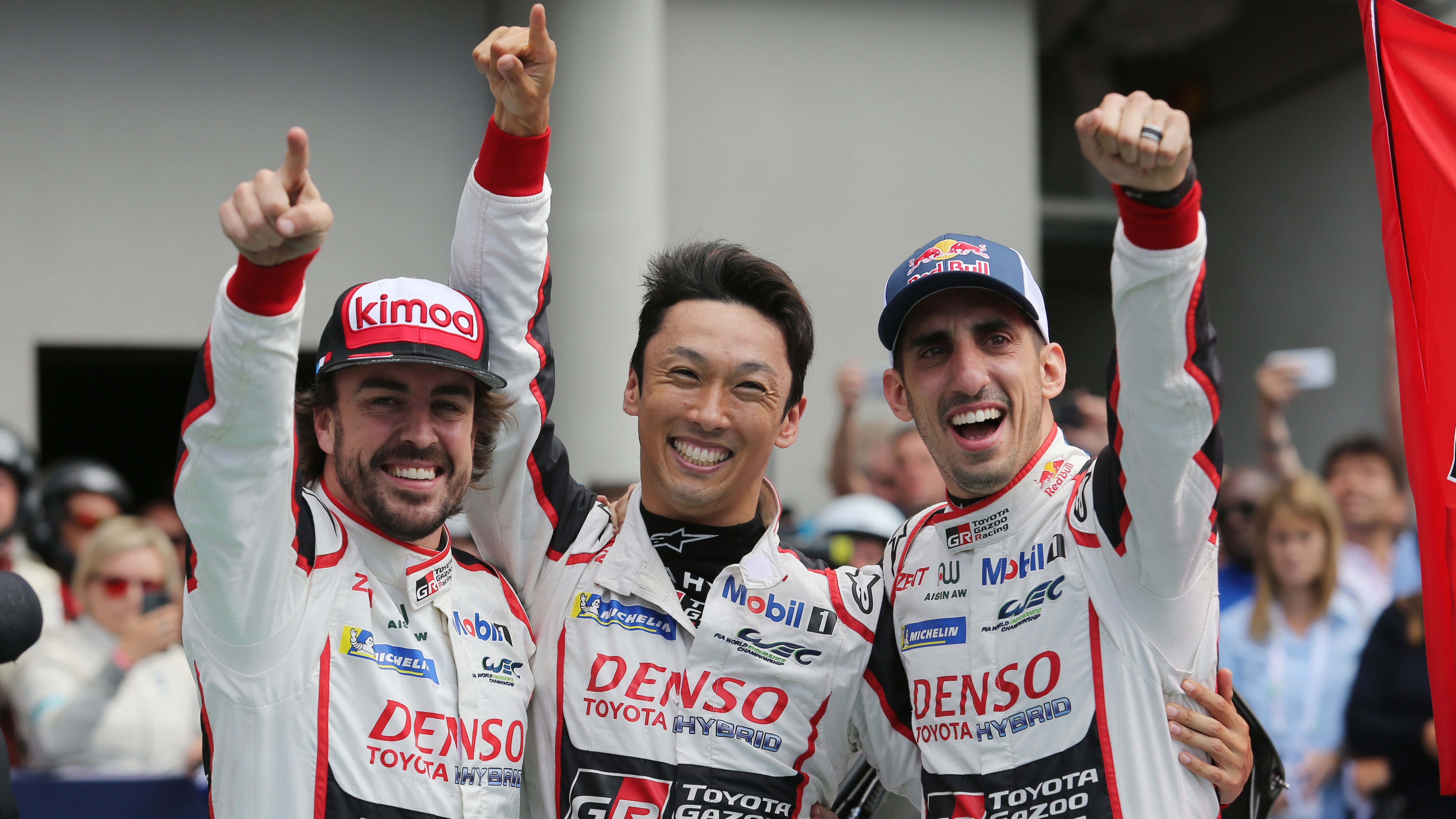 Toyota Wins the 2018 Le Mans 24 Hours! 1