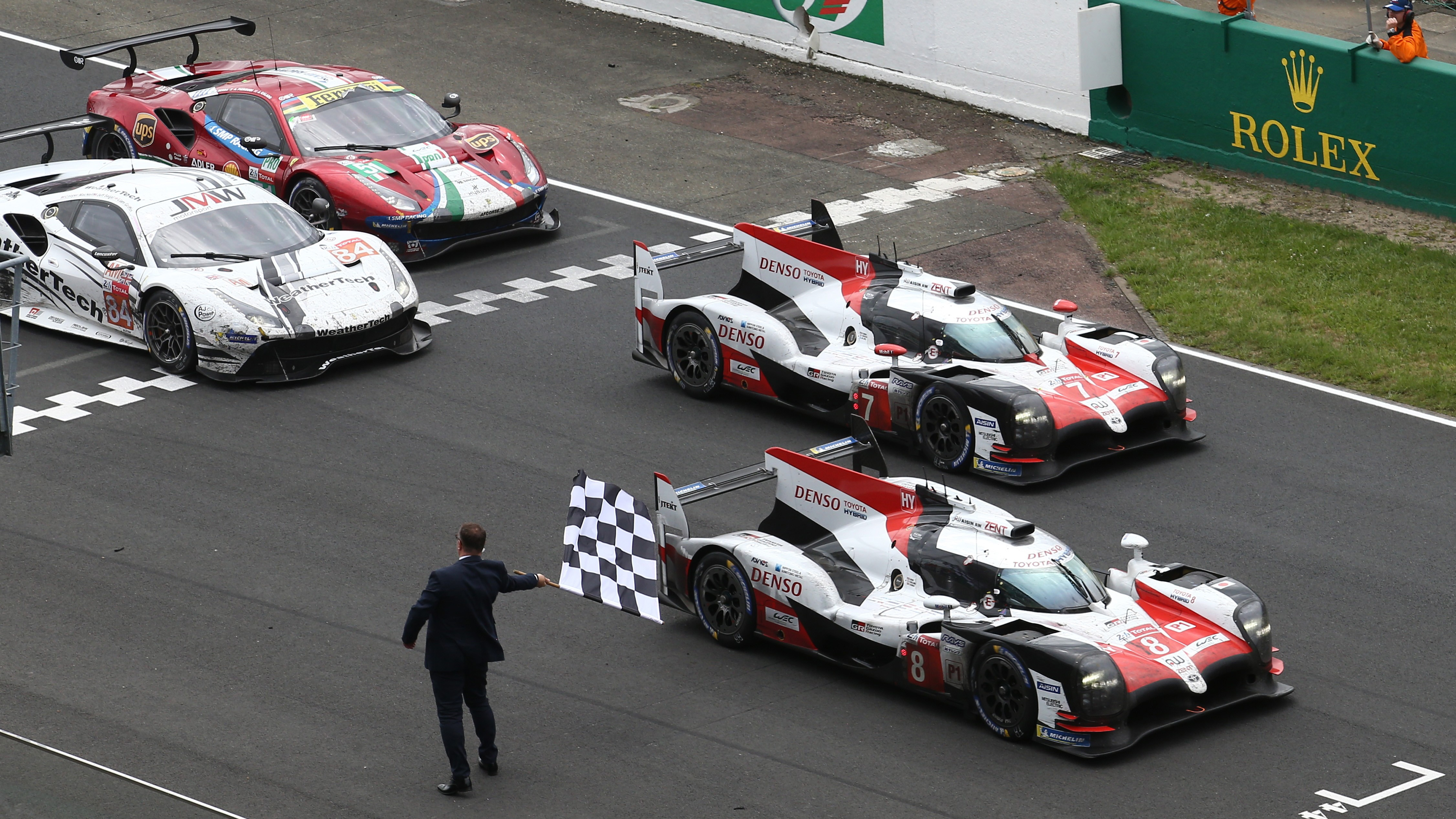 Toyota Wins the 2018 Le Mans 24 Hours! 6