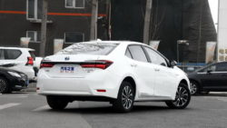 Toyota to Introduce Corolla plug-in Hybrid and 10 new EVs in China by 2020 11