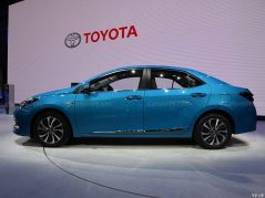 Toyota to Introduce Corolla plug-in Hybrid and 10 new EVs in China by 2020 14