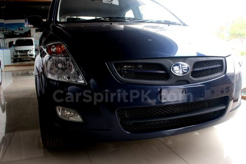 At PKR 14.99 Lac FAW V2 is Still the Best Value for Money Hatchback in Pakistan 5