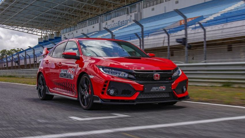 Honda Civic Type R Breaks FWD Record at Estoril 7