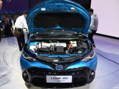 Toyota to Introduce Corolla plug-in Hybrid and 10 new EVs in China by 2020 22