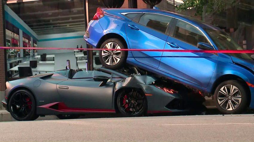 Lamborghini Huracan Spyder Rear-Ends Honda Civic in Chicago 5