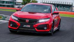 Honda Civic Type R Breaks Silverstone Lap Record 12