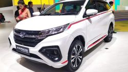 Daihatsu Terios Custom at GIIAS 2018 4