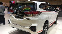 Daihatsu Terios Custom at GIIAS 2018 16