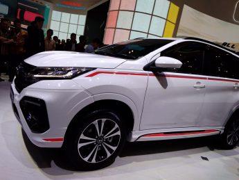 Daihatsu Terios Custom at GIIAS 2018 15
