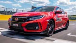 Honda Civic Type R Sets Hungaroring FWD Record 7