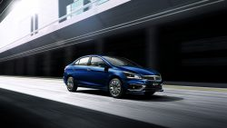 2018 Suzuki Ciaz Facelift Launched in India at INR 8.19 lac 19