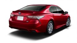 Toyota Launches the Camry Sports in Japan 16