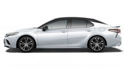 Toyota Launches the Camry Sports in Japan 14