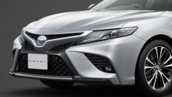 Toyota Launches the Camry Sports in Japan 10