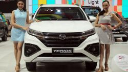 Daihatsu Terios Custom at GIIAS 2018 15
