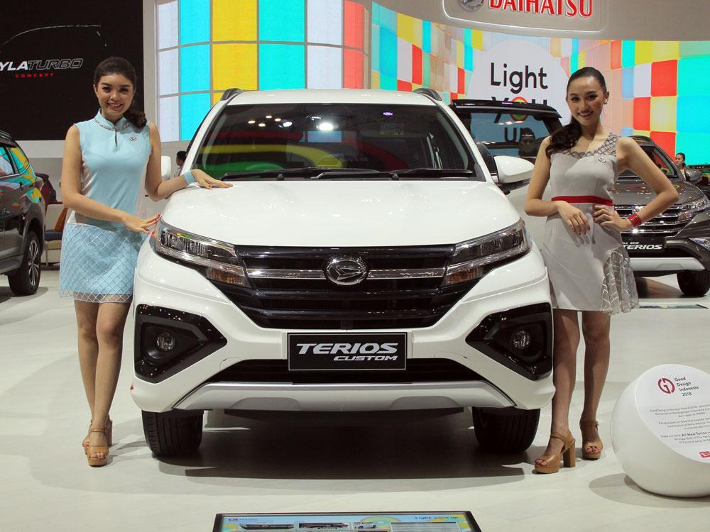 Daihatsu Terios Custom at GIIAS 2018 5