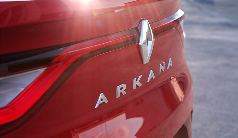 Renault Teases the Arkana Coupe-SUV Ahead of Debut 8