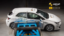2019 Toyota Corolla Gets 5 Star ANCAP Crash Test Rating 6