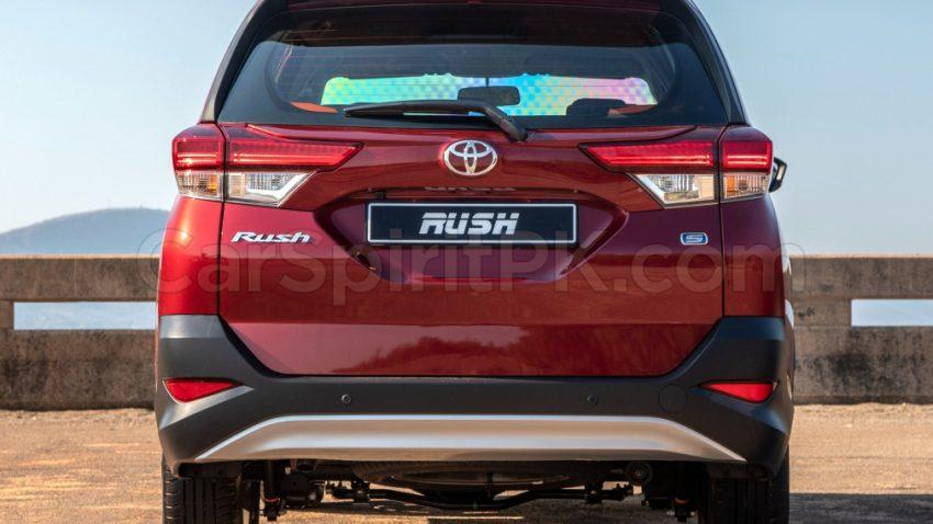 Indus Motors to Launch Toyota Rush in Pakistan 8