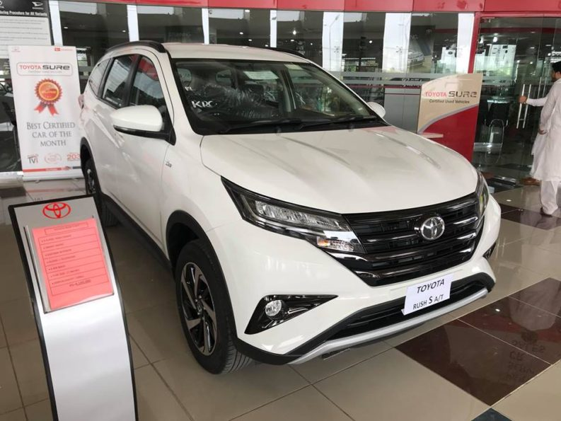 2018 Toyota Rush MPV Launched in Pakistan 3
