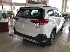 2018 Toyota Rush MPV Launched in Pakistan 5