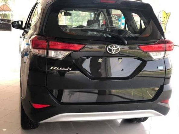 2018 Toyota Rush MPV Launched in Pakistan 2