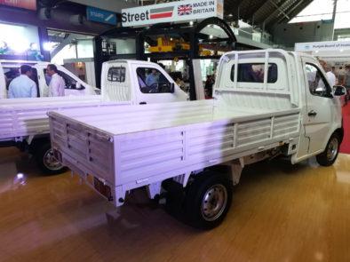 Changan Launches Karvaan Minivan and M-9 Pickup 14
