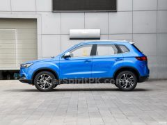 2019 FAW Besturn X40 and EV400 Launched in China 16