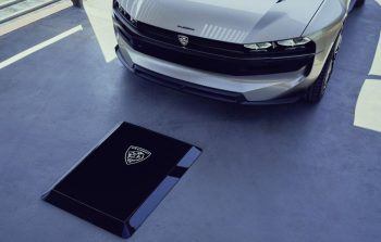 Peugeot Unveils the E-Legend- A Retro Styled Electric Vehicle 35